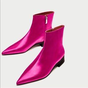 Zara Pink satin point toe boots